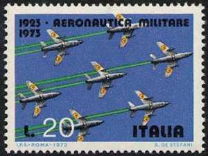 Cinquantenario dell'Aeronautica Militare - formazione di  'G91'