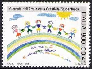 Giornata dell'arte e della creatività studentesca - bimbi con lettere