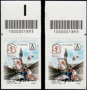 Bandierai degli Uffizi - Firenze - 45° Anniversario della fondazione - coppia di francobolli con codici a barre n° 1893 in Alto destra-sinistra