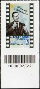 Alberto Sordi - Centenario della nascita -  francobollo con codice a barre n° 2029 in BASSO a destra