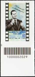 Alberto Sordi - Centenario della nascita -  francobollo con codice a barre n° 2029 in BASSO a sinistra