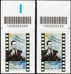 Alberto Sordi - Centenario della nascita - coppia di francobolli con codice a barre n° 2029 in ALTO destra-sinistra
