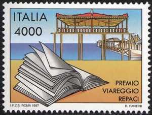 Premio Viareggio-Repaci - libro e stabilimento balneare