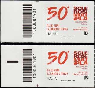 A.I.S.M. - Associazione Italiana Sclerosi Multipla - Cinquantenario della fondazione - coppia di francobolli con codice a barre n° 1901 a SINISTRA alto-basso