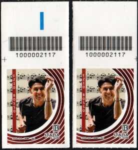 Ezio Bosso : 50° Anniversario della nascita - coppia di francobolli con codice a barre n° 2117 in ALTO destra-sinistra