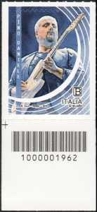 Le Eccellenze italiane dello spettacolo  - Pino Daniele - francobollo con codice a barre n° 1962 in BASSO a sinistra