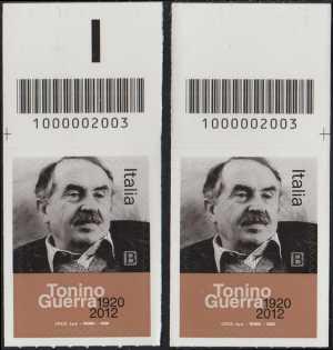 Le Eccellenze italiane dello spettacolo :Tonino Guerra - Centenario della nascita - coppia di francobolli con codice a barre n° 2003 in ALTO destra-sinistra