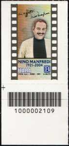 Nino Manfredi - Centenario della nascita - francobollo con codice a barre n° 2109 in BASSO a sinistra